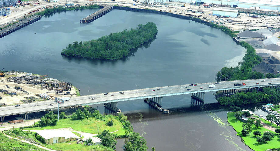 Neches River Bridge seen from above.  Photo taken Tuesday, July 24, 2012 Guiseppe Barranco/The Enterprise Photo: Guiseppe Barranco, STAFF PHOTOGRAPHER / The Beaumont Enterprise