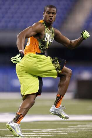 Blidi Wreh-Wilson of Connecticut works out during the 2013 NFL Combine at Lucas Oil Stadium on February 26, 2013 in Indianapolis, Indiana. (Photo by Joe Robbins/Getty Images)