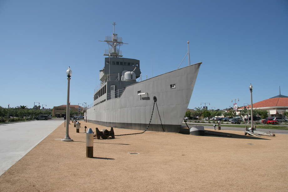 The USS Recruit served for 18 years as the only landlocked commissioned ship in the Navy. She was built to scale, exactly one-third the size of a destroyer escort, and fitted with standard deck and bridge gear, including lifelines, accommodation ladder, signal halyards, searchlights, engine order telegraph and helm, but not engines and screw. The Recruit was commissioned on July 27, 1949 at the Naval Training Center in San Diego, and trained more than 50,000 recruits a year in the fundamentals of shipboard drills and procedures. Photo: Gary B. Edstrom