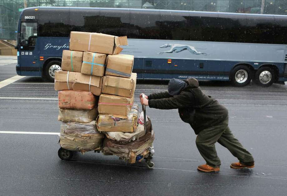 18. Laborers and movers: 11.1 percent said they didn't like their supervisor.  Photo: John Moore, Getty Images / 2013 Getty Images