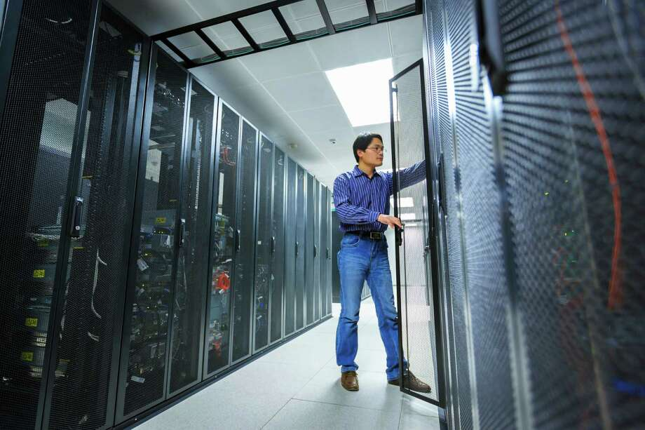 6. Database administrators (tie): 13.6 percent wanted a new boss.  Photo: Bjdlzx, Getty Images / (c) bjdlzx