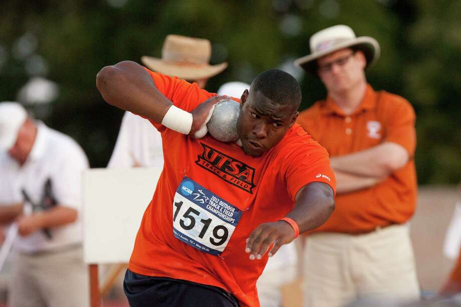 UTSA's Richard Garrett Jr. won the WAC indoor shot put title with a school-record throw of 65-91/2. Photo: Steven Moakley / UTSA Athletics