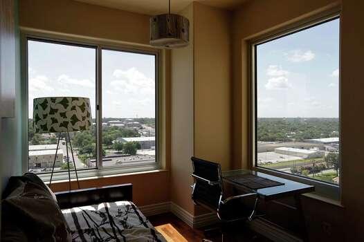 Condos To Hit Auction Block San Antonio Express News