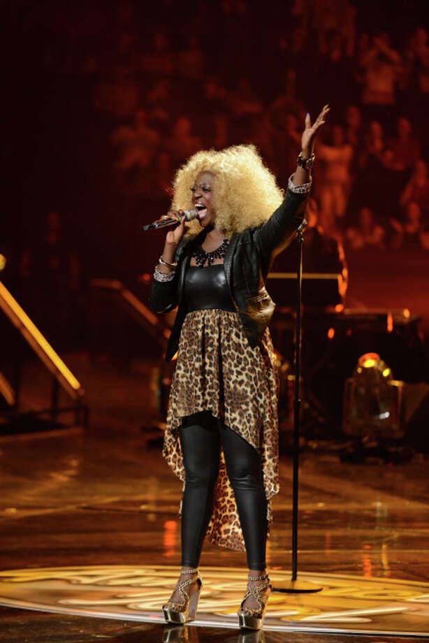 AMERICAN IDOL: Zoanette Johnson in the Sudden Death Round of AMERICAN IDOL airing Wednesday, Feb. 27 (8:00-10:00PM ET/PT) on FOX. CR: Michael Becker / FOX. Copyright / FOX.