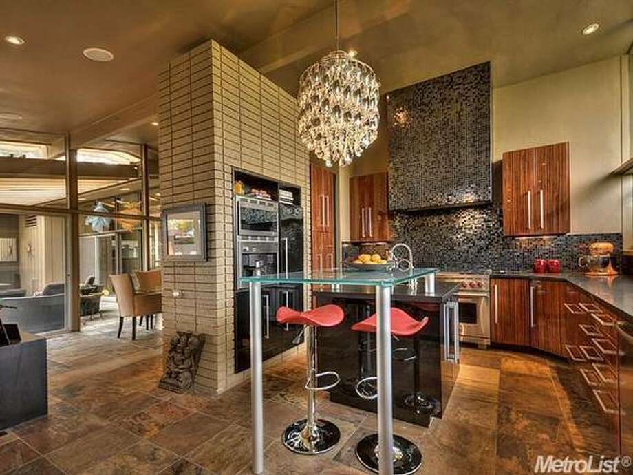 Open kitchen design. Photos  Via Metrolist/Coldwell Banker/Estately.
