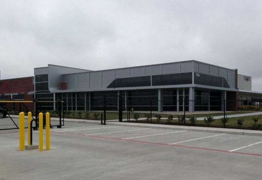 CAPTION: Southeastern Freight Lines has opened a service center at 7313 East Orem Drive. The facility features 15,000 square feet of office space, a 9,800 square foot appointment warehouse and 125 dock doors.   CREDIT: Southeastern Freight Lines Photo: Southeastern Freight Lines / Southeastern Freight Lines