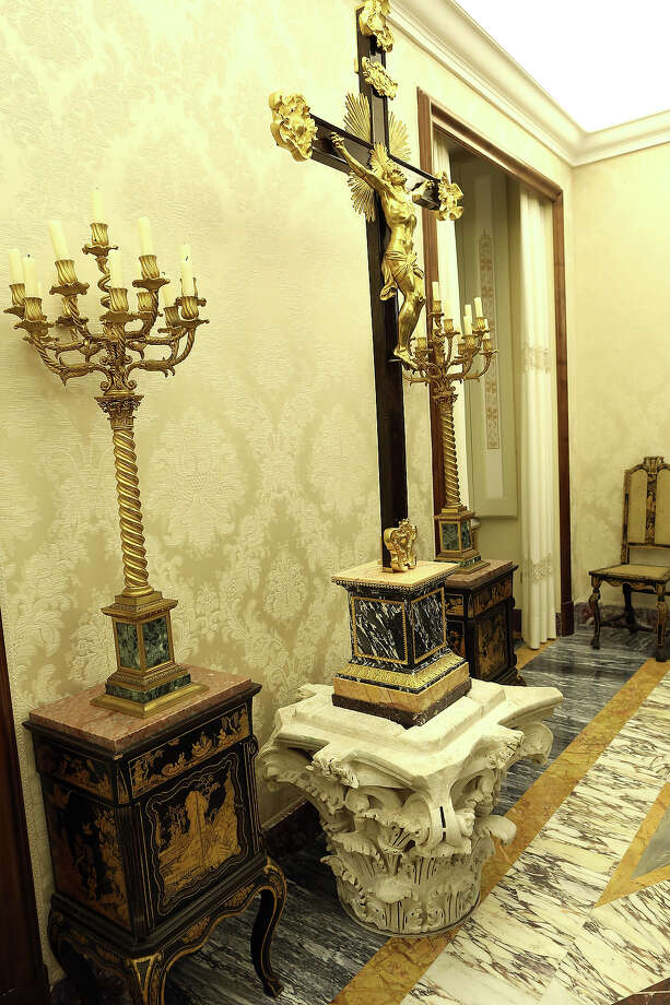 Details in the Chinese Room room of the Apostolic Palace of Castelgandolfo on February 20, 2013 in Rome. Photo: Franco Origlia, Getty Images / 2013 Getty Images