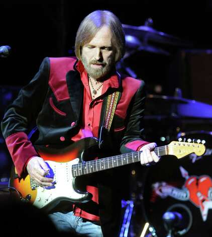 Tom Petty performing with the Heartbreakers in 2010 at Saratoga Performing Arts Center in Saratoga Springs, N.Y. (Cindy Schultz / Times Union) Photo: Cindy Schultz / 00009974A