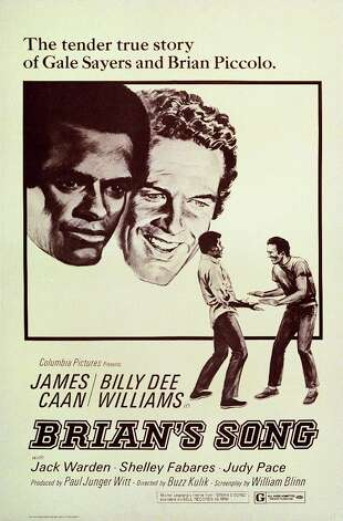 The made-for-TV sports drama Brian's Song starring Billy Dee Williams as Gale Sayers and James Caan as Brian Piccolo (1971). Photo: John D. Kisch/Separate Cinema Ar, Getty Images / Moviepix