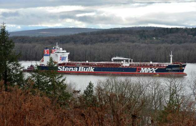 The oil tanker Stena Primorsk carrying North Dakota crude from the Port of Albany lies at anchor in the Hudson River off Stuyvesant Friday Dec. 21, 2012, after running aground yesterday morning.  (John Carl D'Annibale / Times Union) Photo: John Carl D'Annibale / 00020553A