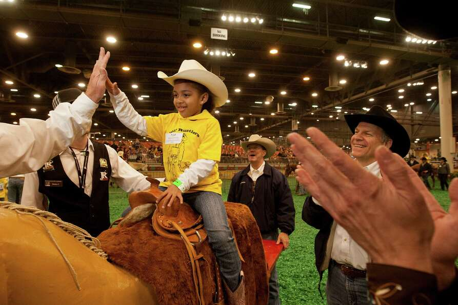 Emily Abernethy participated in the 2013 Lil' Rustlers Rodeo.