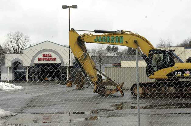 Equipment in place to start the demolition of Latham Circle Mall on Thursday Feb. 28, 2013 in Latham, N.Y. (Michael P. Farrell/Times Union) Photo: Michael P. Farrell
