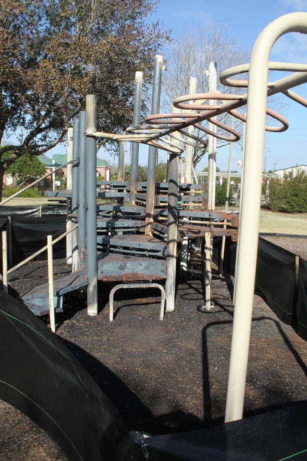Arson fires at playgrounds in Commonwealth and Brazos Landing caused damage that exceeded $50,000. Photo: SLPD