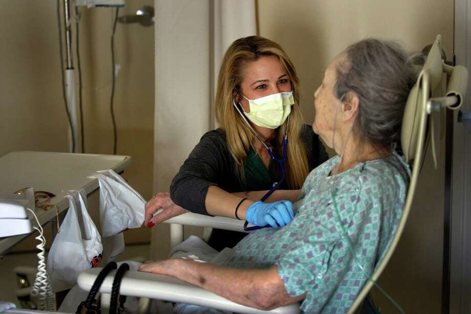 Health care: 3% Photo: Allen J. Schaben, Los Angeles Times / Los Angeles Times
