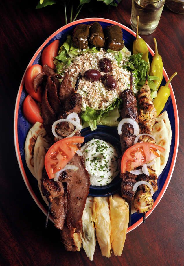 Papouli's Greek Grill,255 E Basse Rd, at Quarry Market, 210-804-1118 Photo: ROBIN JERSTAD, SPECIAL TO THE EXPRESS-NEWS / Robin Jerstad 210-254-6552
