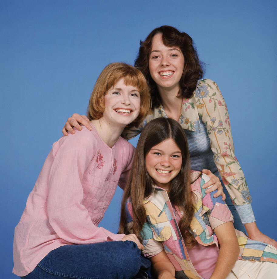 """One Day at a Time"" cast members, (clockwise from top)  Mackenzie Phillips (as Julie Cooper); Valerie Bertinelli (as Barbara Cooper) and Bonnie Franklin (as Ann Romano). Photo: CBS Photo Archive, Getty / 1977 CBS Photo Archive"