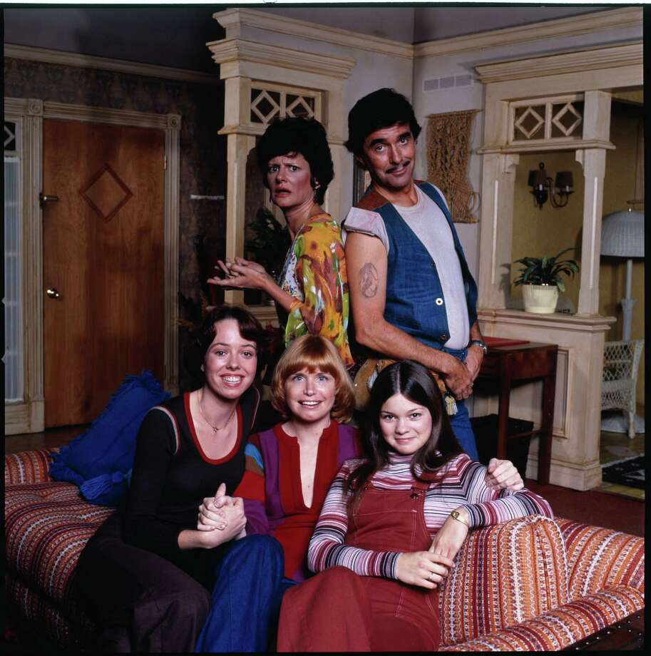 """One Day at a Time"" cast members, clockwise from top: Pat Harrington, Jr. as building superintendent Dwayne Schneider,  Valerie Bertinelli as Barbara Cooper Royer,  Bonnie Franklin as Ann Romano Royer, Mackenzie Phillips as Julie Cooper Horvath and  Mary Louise Wilson as neighbor Ginny Wrobliki. Photo: CBS Photo Archive, Getty / 1976 CBS Photo Archive"