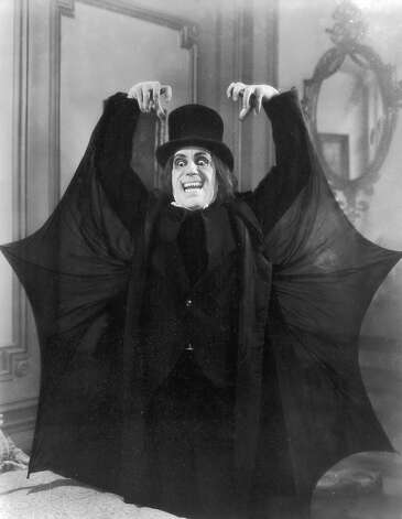 "Lon Chaney wearing a monster costume for director Tod Browning's 'lost' silent film, ""London After Midnight,"" in 1927. Photo: Hulton Archive, Getty Images / Archive Photos"