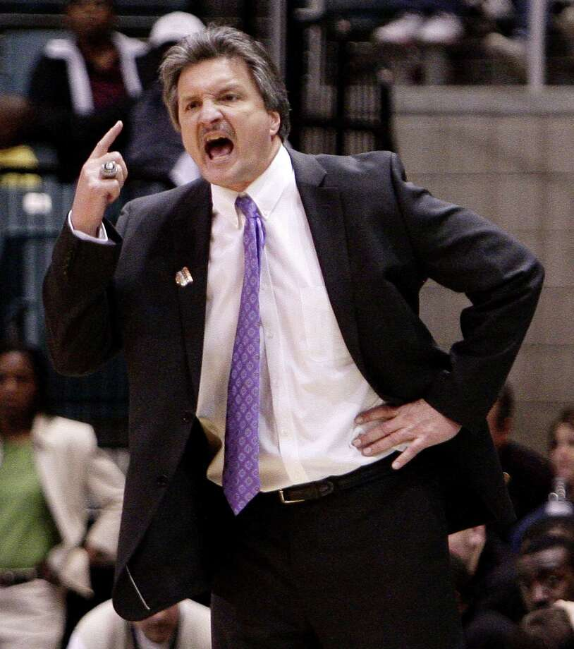 Stephen F. Austin head coach Danny Kaspar yells instructions to his team. A reader praises Kaspar for his coaching. Photo: Express-News File Photo