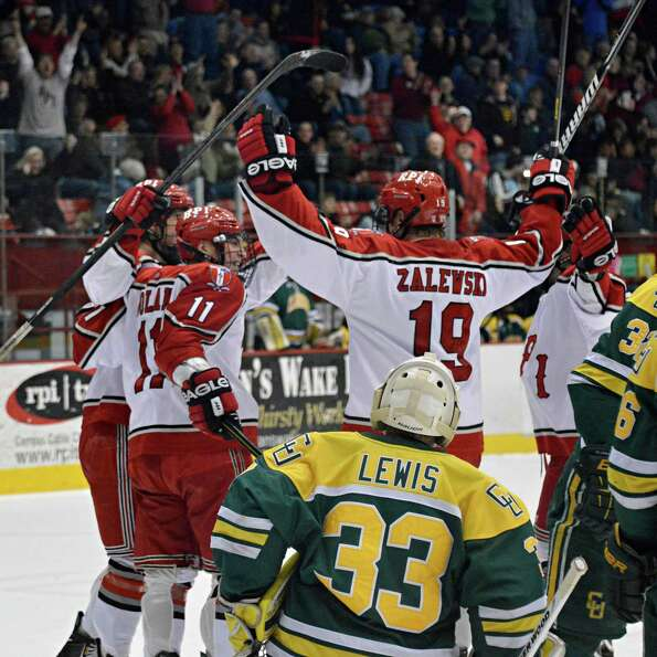 RPI plays Brown in a best-of-three playoff series this weekend at the Houston Field House in Troy. T