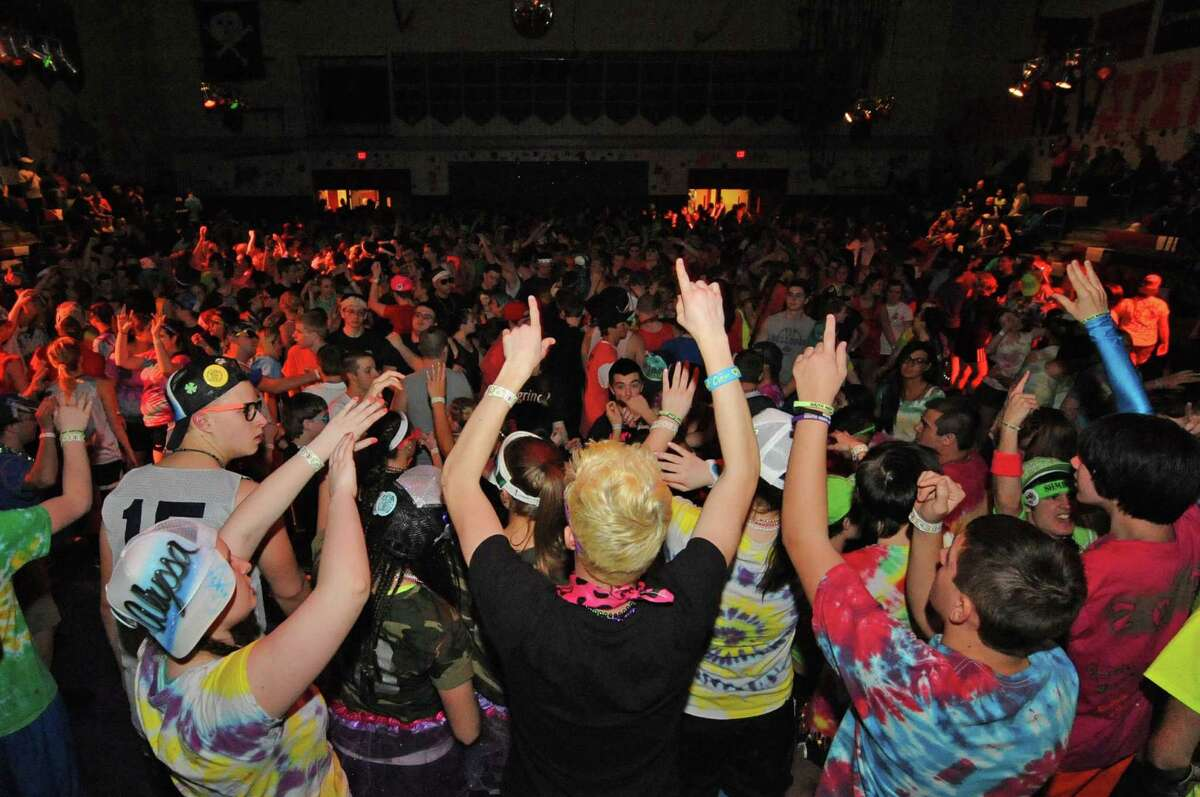 South Glens Falls High School students dancing during the 36th annual South Glens Falls H.S. Dance Marathon on Saturday March 2, 2013 in South Glens Falls, N.Y. 800 students busted a move to raise money for people from the community who are in need, mostly because of illness. (Michael P. Farrell/Times Union)