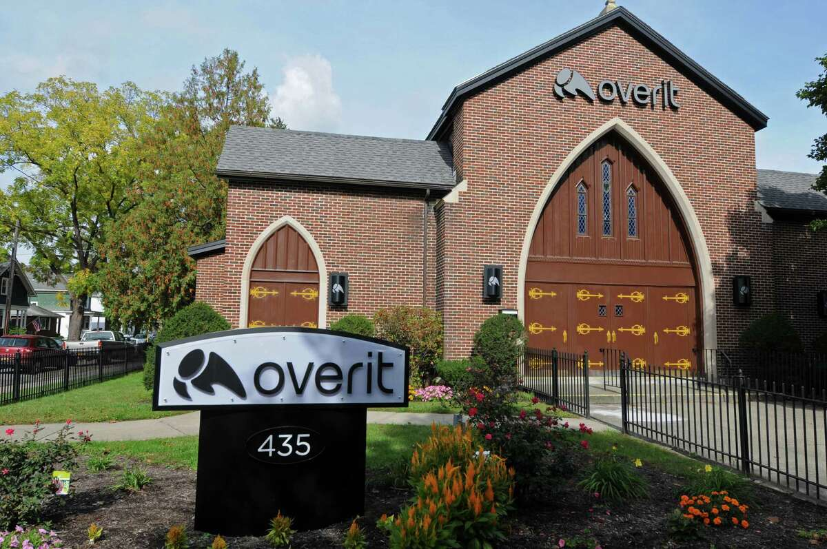 Overit Studios has partnered with Upstate Artists Guild to host a 1st Friday event highlighting regional musicians and artists. Admission is free and open to the public. Guests will also enjoy live performances from bands including Immaculate Heart, Stellar Young, and Giant Gorilla Dog Thing. When: Friday, October 2, 5 - 9 p.m. Where: Overit Studios, 435 New Scotland Avenue, Albany. For more info, click here.