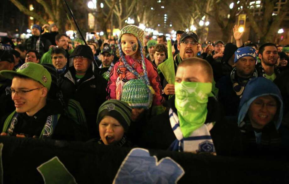 Seattle Sounders fans march to the match against the Montreal Impact. Photo: JOSHUA TRUJILLO / SEATTLEPI.COM