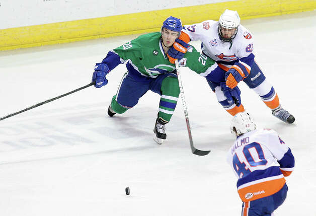 The Bridgeport Sound Tigers play the Connecticut Whale on Sunday, March 3, 2013 in Bridgeport, Conn. Photo: Unknown, B.K. Angeletti / Connecticut Post freelance B.K. Angeletti