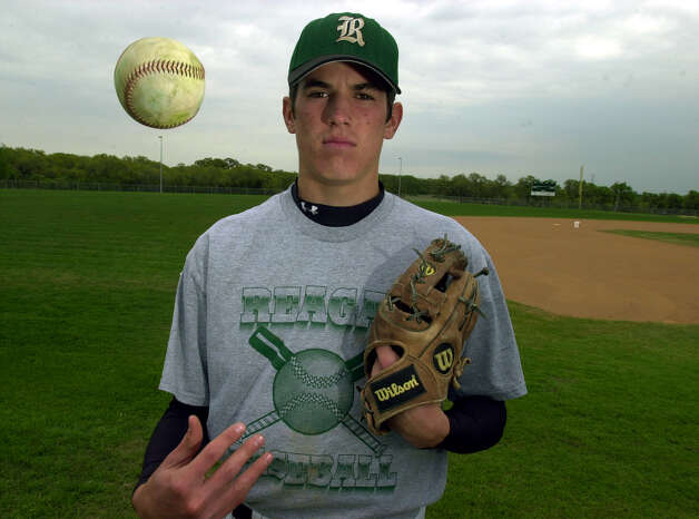 Reagan high school pitcher Jeff Manship. PHOTO BY EDWARD A. ORNELAS/STAFF Photo: EDWARD A. ORNELAS, Express-News / SAN ANTONIO EXPRESS-NEWS