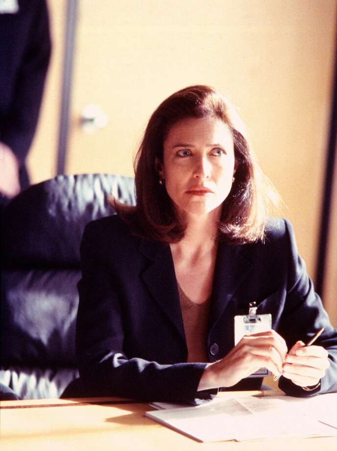 "''The ""X-Files''"" had its share of backstabbers and connivers, who maybe had good intentions. Or not. There was sexy-smart Agent Fowley (pictured), played by Mimi Rogers."