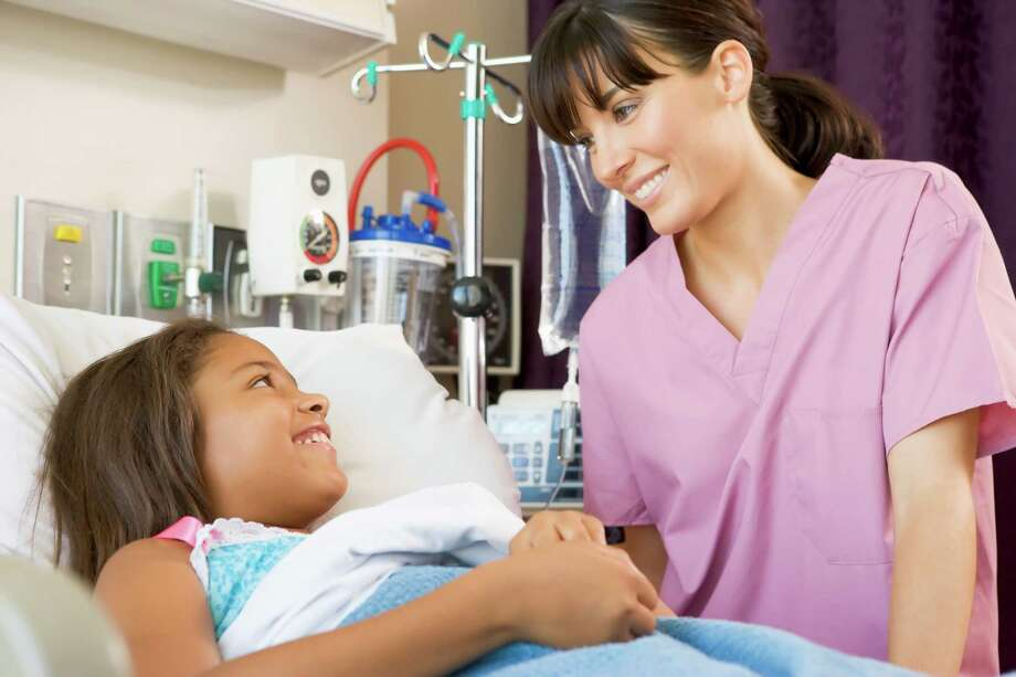 Nurses can work in a wide range of settings -including hospitals, physicians' offices and clinics. Photo: Monkey Business Images / iStockphoto