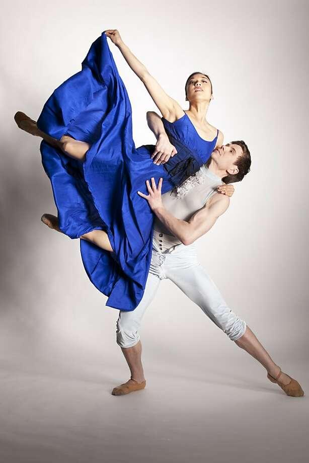 "Hiromi Yamazaki and Robert Dekkers in Trey McIntyre's ""Blue Boy."" Photo: Aris Bernales, Diablo Ballet"