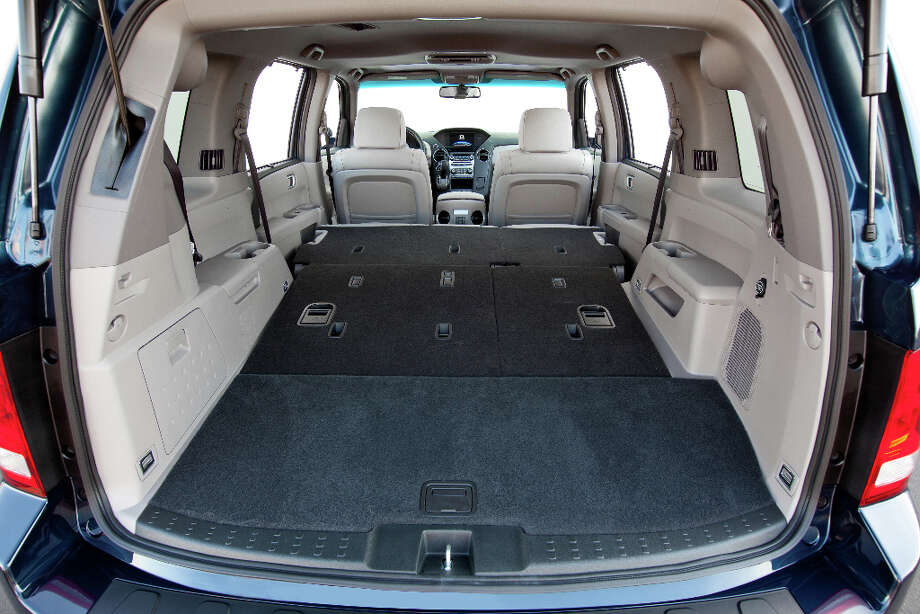 No. 10 - Honda Pilot.Nimble as an aircraft carrier and look at all the room! Soccer moms can fit the entire team plus the goalposts. Photo: Honda, Wieck / © 2011 American Honda Motor Co., Inc.