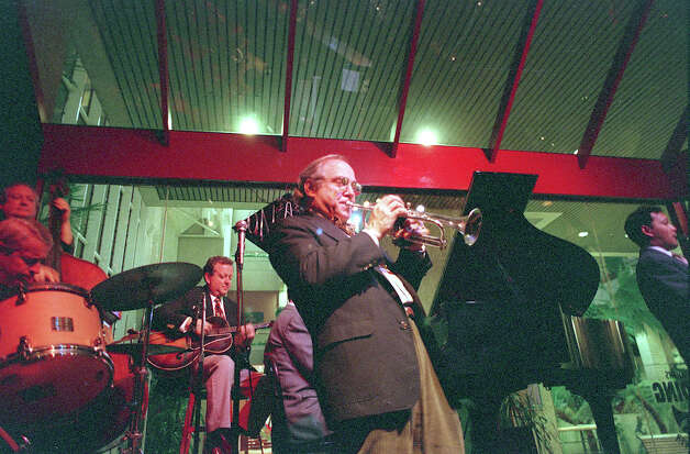 Jim Cullum and Band at The Landing in 1997. Photo: DOUG SEHRES, SAN ANTONIO EXPRESS-NEWS / SAN ANTONIO EXPRESS-NEWS