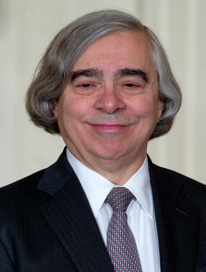 MIT physics professor Ernest Moniz smiles as he stands on stage in the East Room of the White House in Washington, Monday, March 4, 2013, where President Barack Obama announces he would nominate Moniz for Energy Secretary  (AP Photo/Carolyn Kaster) Photo: Carolyn Kaster, STF / AP