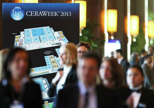 Registrants head for an opening session at IHS CERAWeek 2013, a conference on the energy industry that runs through Friday in Houston. Photo: Nick De La Torre / Houston Chronicle