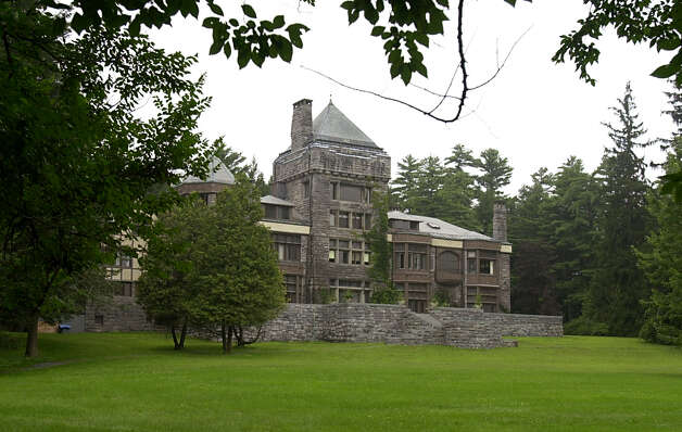Times Union photo by Lori Kane -- House overlooking Yaddo gardens in Saratoga Springs, NY on Monday August 11, 2003. Photo: LORI KANE / ALBANY TIMES UNION