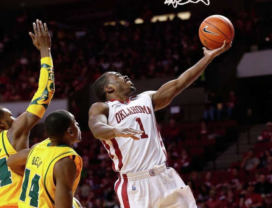 Who's hot - Oklahoma G Sam Grooms:Erupted for 19 points and six assists against Iowa State. He's averaging 15 points and five assists in his last five games. Photo: Sue Ogrocki, Associated Press / AP