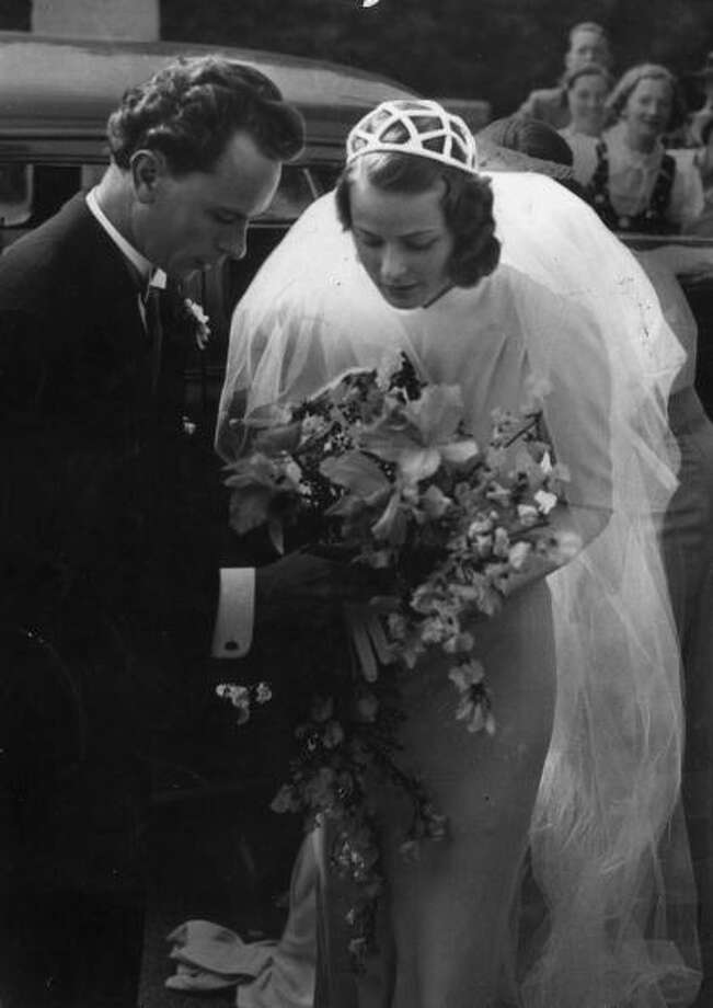 1937: Swedish-born actor Ingrid Bergman (1915-1982) with her first husband, dentist Dr. Petter Lindstrom Photo: Hulton Archive, Getty / Archive Photos