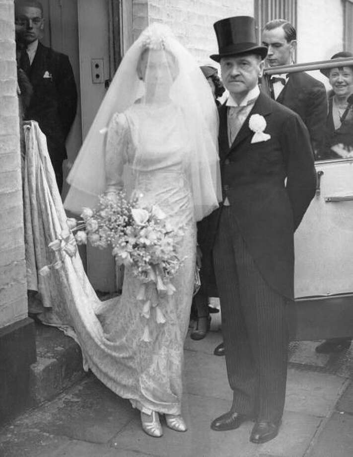 1936:British author William Somerset Maugham with his daughter Elizabeth before her wedding to Vincent Paravicini Photo: Keystone, Getty / 2005 Getty Images