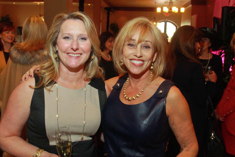 Shannon Pana, left, and Jan McKee. Photo: Gary Fountain, For The Chronicle / Copyright 2013 Gary Fountain.