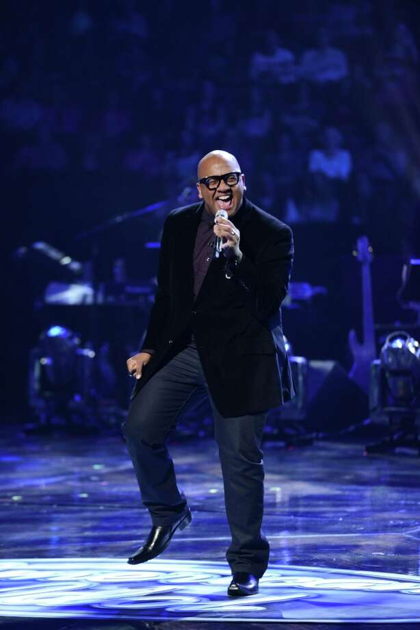 Austin's Vincent Powell wows judges with his smooth style.