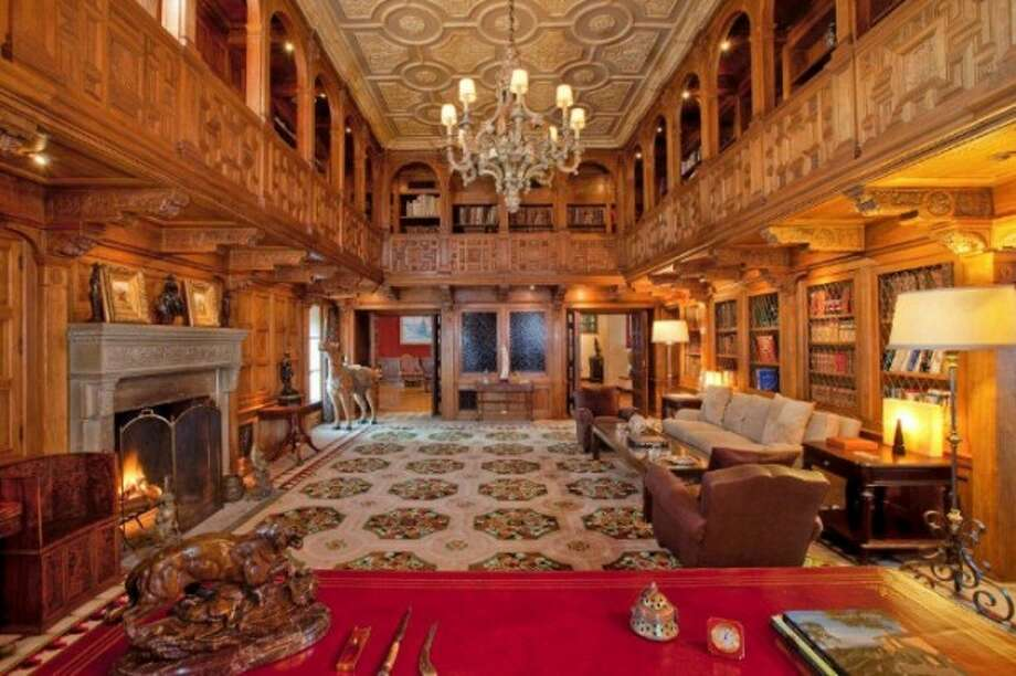 Incredible library.  All photos via Trulia Luxe and MLS.