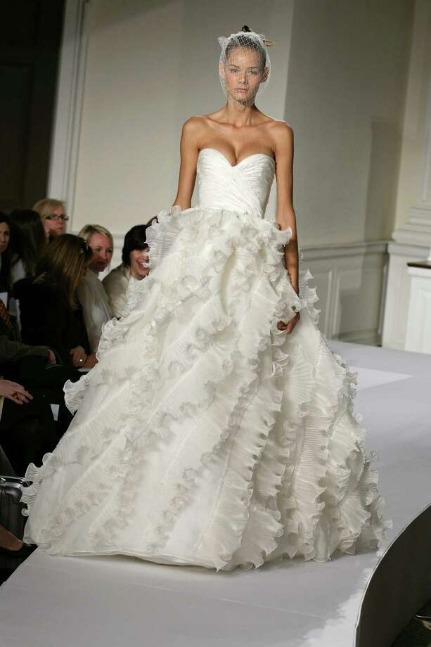 2008: Oscar De La Renta wedding dress  Photo: © Dan & Corina Lecca, Getty / handout