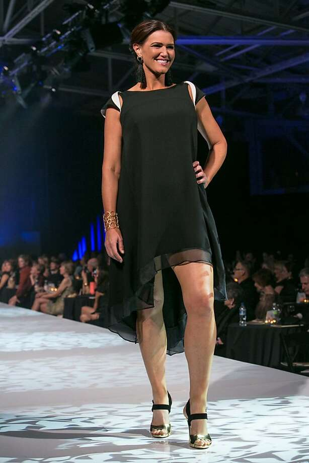 Tony Sananikone brought a floaty black dress out onto the Junior League runway. Photo: Sandra Garcia, Drew Altizer Photography/SFWIRE