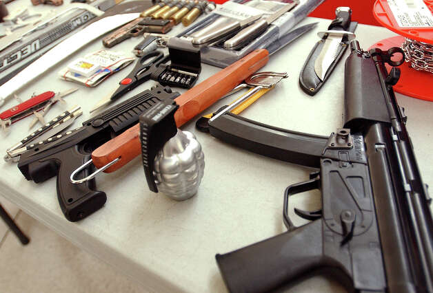 Not to mention fake guns. Photo: Stephen Chernin, Getty Images / 2003 Getty Images