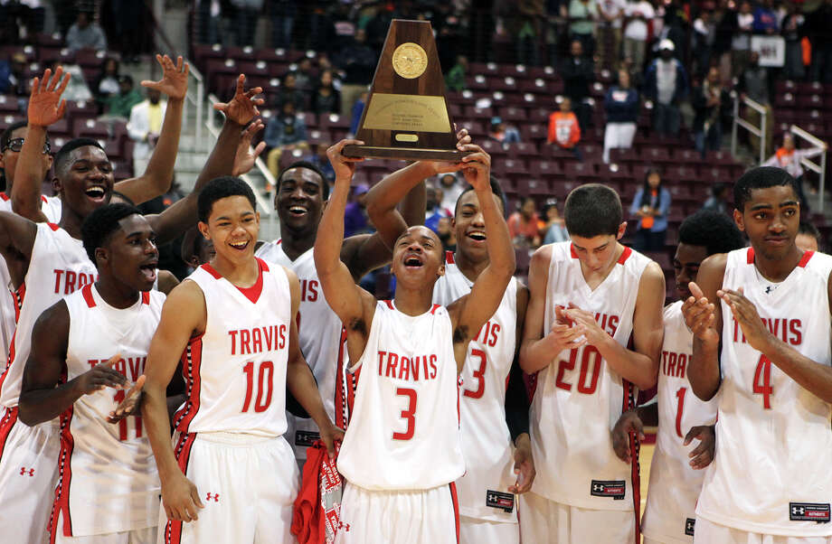 Fort Bend Travis is not satisfied only being Class 5A Region III champions - they want to hold the state crown, too. (AP Photo/The Courier, Alan Warren) Photo: Alan Warren, MBR / Conroe Courier