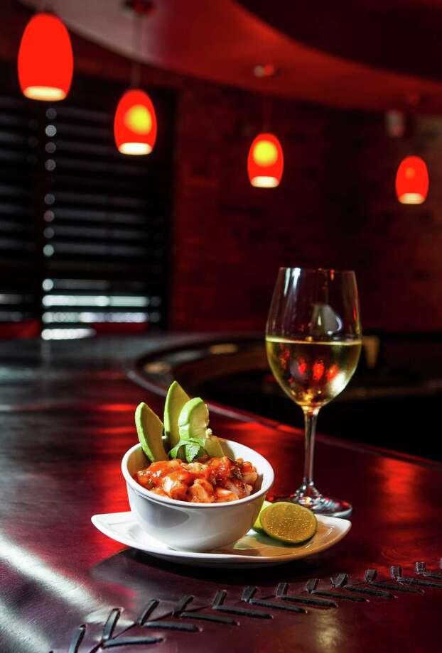 La Casa del Caballo's shrimp cocktail. Photo: Nick De La Torre, Chronicle / © 2013 Houston Chronicle