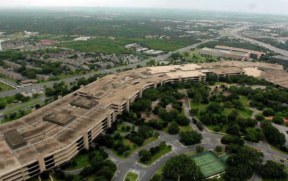 USAA's San Antonio campus has its own zip code: 78288. Photo: BILLY CALZADA, SAN ANTONIO EXPRESS-NEWS / SAN ANTONIO EXPRESS-NEWS