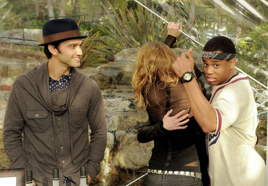 (L-R) Actors Michael Steger, AnnaLynne McCord, Shenae Grimes and Tristan Wilds pose at the CW Network's 90210 Season 5 Wrap Party on March 3, 2013 in Los Angeles, California. Photo: Kevin Winter, Getty Images / 2013 Getty Images